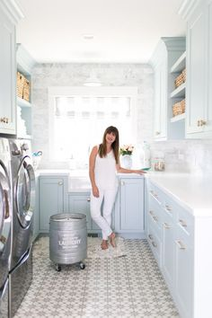 5 Tips for an Innovative Laundry Room Jillian Harris Persil Laundry Detergent Mudroom Laundry Room, Laundry Room Remodel, Laundry Room Cabinets, Farmhouse Laundry Room, Laundry Room Organization, Laundry Room Design, Diy Cabinets, Paint Colors Laundry Room, Colorful Laundry Rooms