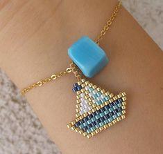 Brick Stitch, Anklets, Beading Patterns, Arrow Necklace, Drop Earrings, Beads, Bracelets, Beautiful, Color