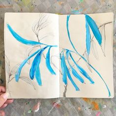 Look, no flowers! 😬 Think I'll leave today's sketchbook like this.... . . . #painting #drawing #sketchbook #leaves #inspiredbynature #blue #dscolor #neutrals #acrylic #pencil #sonalmix #carveouttimeforart #pursuepretty #minimal #art #contemporaryart #markmaking #shareyoursketch #timeforcreativesoulssonaln