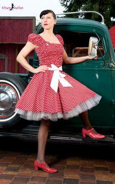 Kitsch Nation -- more at --> http://pinup-fashion.de/8780/kitsch-nation-handgemachte-retro-mode-aus-berlin/