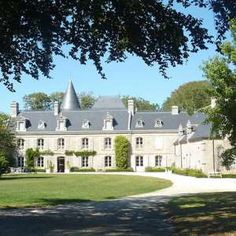 Loctudy : Manoir de Kerazan (Château) Scotland, Medieval, England, Europe, Inspirational, Architecture, House Styles, Pictures, France