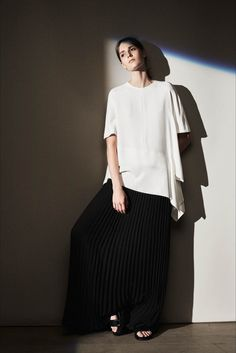 Plissé skirt. Joseph - Resort 2016 - Vogue