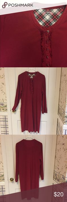 """🆕🆕 LL BEAN WARM PJ GOWN Red super-warm LL Bean pj gown. 6 buttons down front. 41"""" long. 100% cotton. You will sleep toasty warm!!! (Small light stain the size of a dime - see pix 4). L.L. Bean Intimates & Sleepwear Pajamas"""