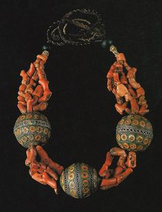 Morocco | Woman's necklace from the Anti-Atlas region | Coral, enamelled silver and glass beads || Ghysels Collection, photograph John Bigelow Taylor