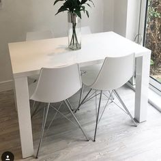 Theas White Gloss Fern Table and White Stylo Dining Chairs
