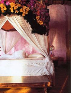 flower canopy bed