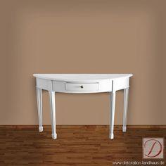 Konsolentisch DETROIT weiß H75cm Massivholz - Der Konsolentisch im Landhausstil beeindruckt durch seinen Charme und belebt eine bereits vergangene Zeitepoche. Das Schmuckstück ist mit Liebe zum Detail, aus edler Pinie gefertigt. Das extravagante Design wird ihre Wohnumgebung bereichern. Benutzen Sie