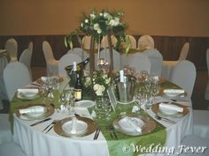 Another green-wedding-for-spring reception decor