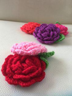 洗剤いらずでエコ♪可愛くて環境にも優しい「アクリルたわし」の作り方・編み方[3ページ目] | キナリノ Knit Crochet, Raspberry, Diy And Crafts, Crochet Patterns, Embroidery, Fruit, Knitting, Crochet Appliques, Stuff Stuff