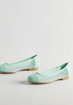 Confection Perfection Flat in Mint. Inspired by these sweetly colored ballet flats by Restricted, you decide to create the ultimate treat. #mint #modcloth