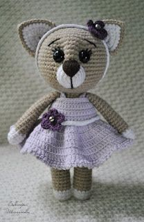 amigurumi maglia:: Ami-Domi Terra Cat in un abito