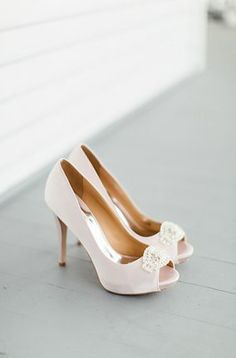 Love these Badgley Mischka shoes!