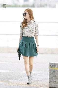Kpop Idol with Fabulous Airport Fashion : Jessica Jung Snsd Fashion, Ulzzang Fashion, Asian Fashion, Teen Fashion, Fashion Outfits, Womens Fashion, Fashion Trends, Fashion Design, Fashion 2014