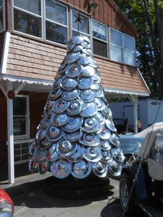 Hub cap Christmas tree....yeah, you might be a redneck..