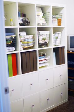 IKEA Hackers: Mother Hubbard's Expedit Cupboards    DIY drawers for Expedit shelf (much cheaper!)