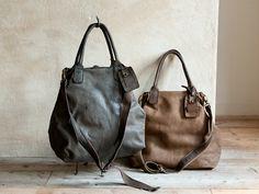 CHRISTIAN PEAU i love big simple bags