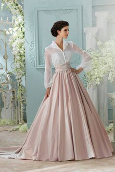 SO very Grace Kelly #weddingdresses David Tutera - Style Leora 116231