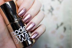 Models Own Colour Chrome Rose | Beauty Aesthetic: UK/Scottish Makeup & Beauty Blog #bbloggers #scottishbloggers #rosegold #metallic #chrome #nails #girly #pink #modelsown
