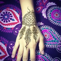 #henna #hennaart #mehndi #mehendi #dreamcatcher #feathers #taipei #taiwan #tattoo #tattoos #印度紋身 #印度彩繪 #莎拉繪花花