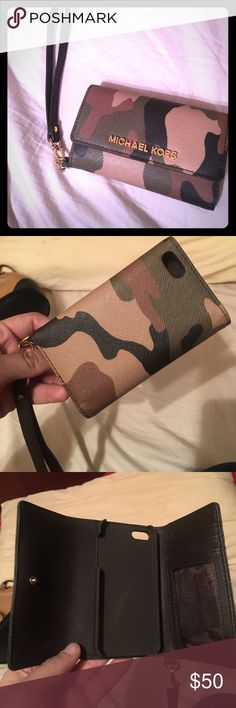 Michael Kors Jetset Camouflouge iPhone 5 wristlet Michael Kors Jetset Camouflage Saffiano Leather iPhone 5 wristlet with polished golden tone hardware. Trifold style with iPhone 5 compartment, 2 card slots, clear ID slot and open slip. Removable leather wristlet strap.  Work very few times, like new!! Michael Kors Bags Clutches & Wristlets