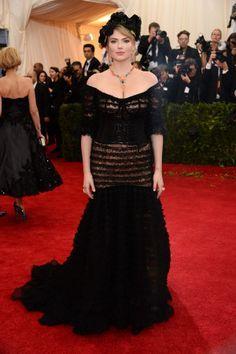 2014 #MetGala Fashion: Kate Upton in Dolce & Gabbana