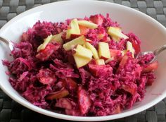 Red cabbage and apple slaw