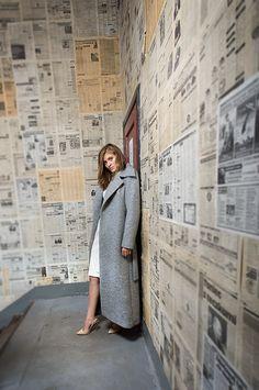 Długi, wełniany płaszcz. Long, woolen coat. http://www.bee.com.pl/e-sklep/