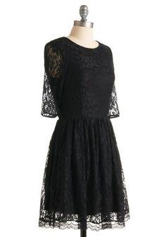 A renda na barra desse vestido é simplesmente divina Outright Amity Dress, #ModCloth