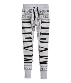 Printed sweatpants with slim leg and drawstring waist. | H&M Divided Guys