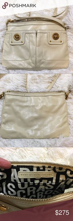 Women's leather Marc Jacobs bag Gently worn in excellent condition Marc Jacobs Bags Mini Bags