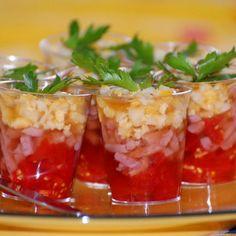 Recipe of Mini aperitif verrines - Lombn Sites Minis, Mini Foods, Best Appetizers, Serving Platters, Chutney, Fresh Fruit, Vegetarian Recipes, Good Food, Food And Drink