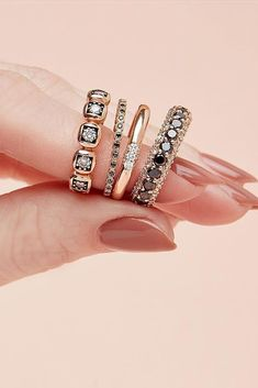 #diamondringssimple