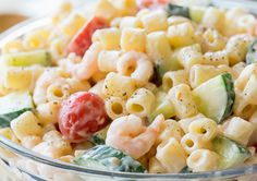 Shrimp pasta salad is a great go to dish when you have a crowd to please! this is a simple and delicious cold pasta recipe that everyone… Cold Pasta Dishes, Seafood Dishes, Seafood Recipes, Seafood Meals, Chicken And Shrimp Pasta, Pasta Salad Recipes, Food For A Crowd, Healthy Dinner Recipes, Simple Recipes
