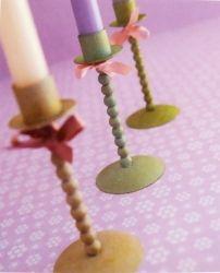 Kerzenhalter von Bougies la Francaise im Shabby Chic Stil, mit Schleifchen.
