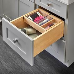 RAS-4VDOHT-15SC organizer shown Vanity Drawers, Wood Drawers, Cabinet Drawers, Face Frame Cabinets, Base Cabinets, Kitchen Drawer Organization, Kitchen Drawers, Drawer Inserts, Drawer Fronts