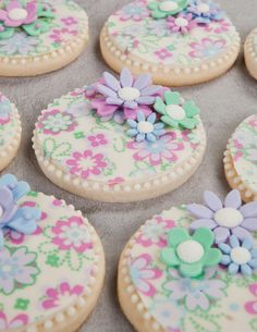 Cookie decorations | Theme Ideas from CPG Cookie Decorating | Cookie Decorating Repinned By:#TheCookieCutterCompany