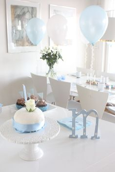 Mariah med H: Dop inspiration! Birthday Celebration, Birthday Parties, Cute Room Decor, Wedding Decorations, Table Decorations, Christening, Betta, First Birthdays, Party Time