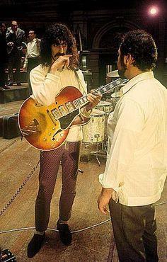 Mothers Of Invention in het Concertgebouw Amsterdam. 24 september 1967: Frank Zappa en Herb Cohen