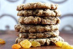 Vegan Oatmeal Raisin Cookies :http://sweetlikecocoa.com/vegan-oatmeal-raisin-cookies/