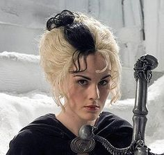 Susan Sto-Helit - Death's Granddaughter, or Lady Death. (she's famous in Downton now, but she will forever be Susan to me). James Frazer, Tiffany Aching, Terry Pratchett Discworld, Strong Female Characters, Sword In The Stone, Michelle Dockery, Best Couple, I Movie, Cosplay