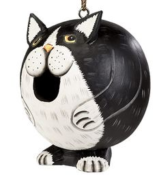 Fat Cat Bird House - birds fly in and out of its mouth. How cute is that?