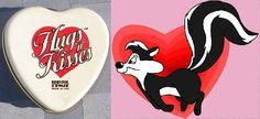 """Simpática latita con forma de corazón """"Hugs™ 'n' kisses"""" de Bristol Ware, hecha en Estados Unidos en 1984 / Rare Bristol Ware small heart shaped kisses tin ~ Vintage 1984 tin shape heart """"Hugs™ 'n' kisses"""" w/ Poem on the top"""