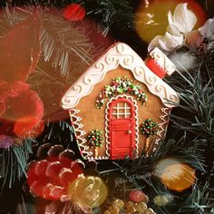 Warm and cozy little 2D gingerbread house by Teri Pringle Wood