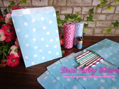 "Free shipping (100pcs/lot) 5""x7""Light Blue Dots Paper Bitty Bag-No.31-33 $11.88"