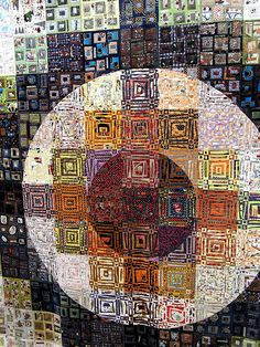 Tokyo Quilt Show.- This quilt is amazing! When you look at the close up you see how many tiny pieces are used.