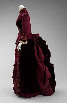 Dress Design House: House of Worth (French, 1858–1956) Designer: Charles Frederick Worth (French (born England), Bourne 1825–1895 Paris) Date: ca. 1885 Culture: French Medium: silk, linen