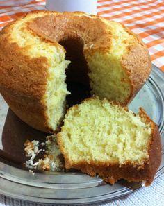 Como fazer o bolo d'água mais fofinho de todos que combina com qualquer recheio? - CURTI ESSA RECEITA