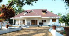 3 Bedroom Kerala Traditional Home Design in 2300 Sqft Village House Design, Kerala House Design, House Front Design, Low Cost House Plans, Guest House Plans, Colonial House Plans, Traditional House Plans, Luxury House Plans, Dream House Plans