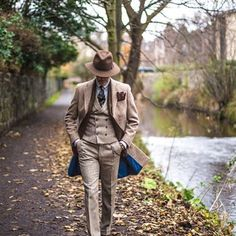 Tweed for Fall by ᴘɪɴᴛᴇʀᴇsᴛ || @blackcheguevara ✊ ︻╦╤─ ...repinned vom GentlemanClub viele tolle Pins rund um das Thema Menswear- schauen Sie auch mal im Blog vorbei www.thegentemanclub.de