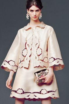 dolce and gabbana winter 2015 woman collection 02. TG